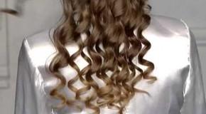 Свадебная прическа с элементами свободных волос!