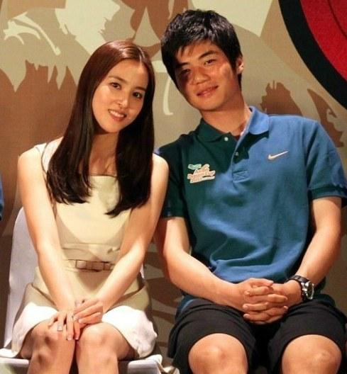 Звезда южнокорейского футбола Ки Сон Ён женится.