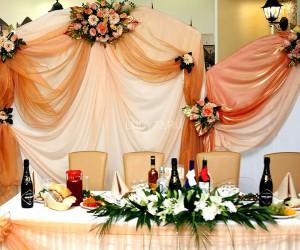 Свадебное  оформление стола, банкетного зала, выездной регистрации.