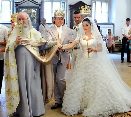 Актриса Любовь Тихомирова обвенчалась!