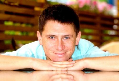 Тимур Батрутдинов: «Иногда я знакомлюсь в Интернете»