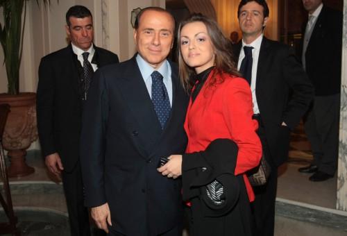 Сильвио Берлускони тайно венчался под Миланом!