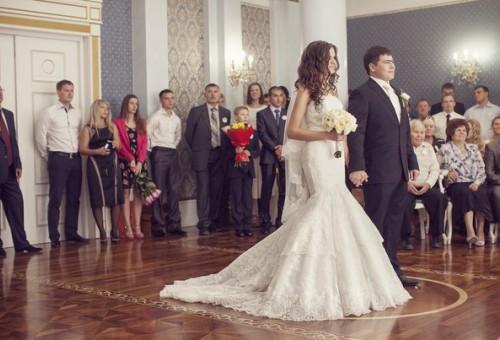 Выездная регистрация брака или ЗАГС?