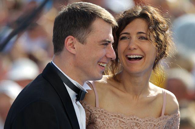 Звёздный брачный бум. Почему 2014 год так богат на свадьбы и разводы?