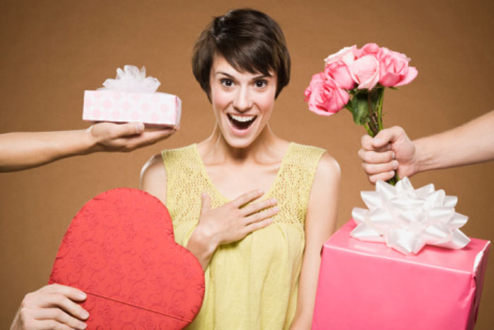 Дарим подарки любимым