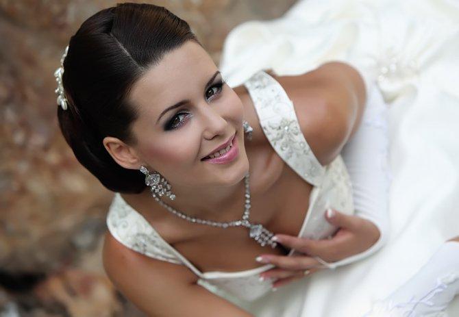 Выбор свадебной бижутерии для невесты