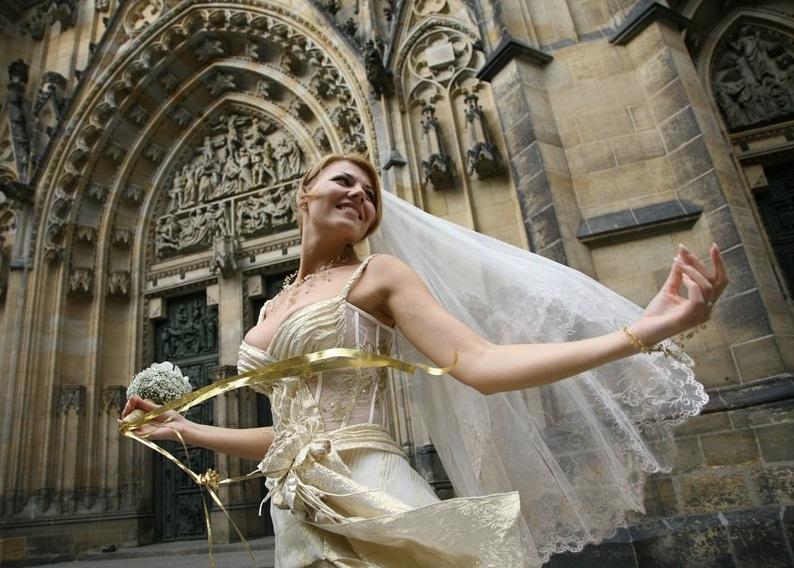 Медовый месяц - важное продолжение свадьбы для молодоженов
