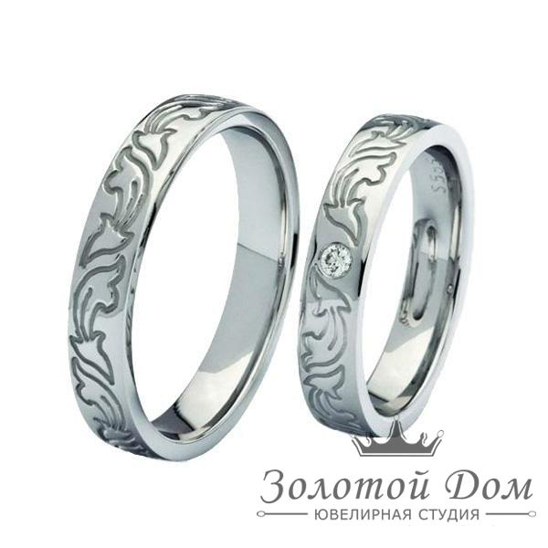 Обручальные кольца классические с бриллиантом
