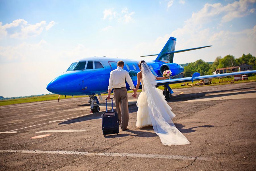 Медовый месяц молодоженов предлагают сделать законным отпуском