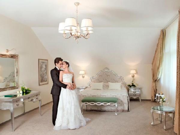 Как выбрать гостиницу для первой брачной ночи