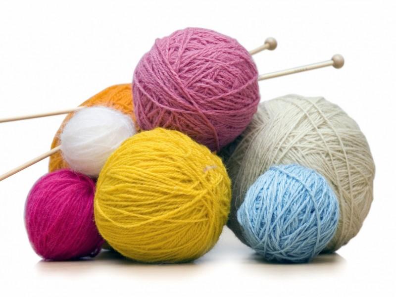 Где найти качественные товары для вязания?