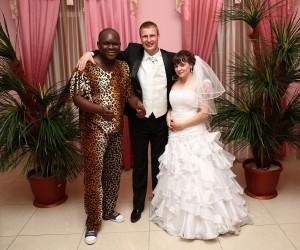 Свадебный сюрприз для молодоженов