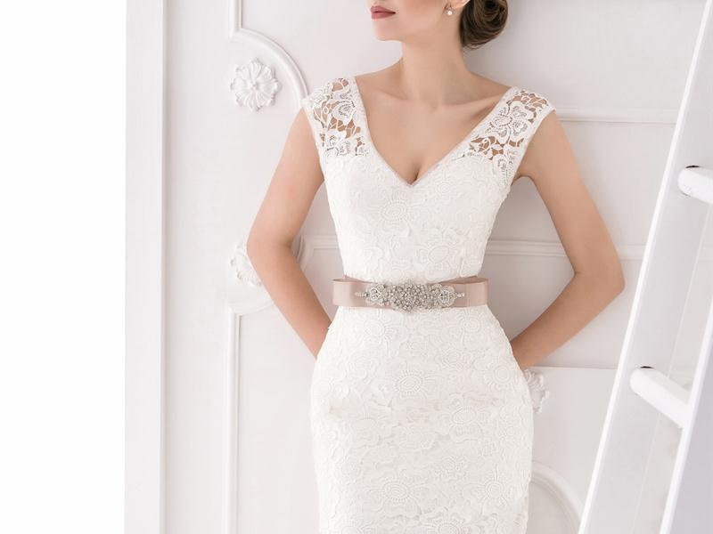 Производство свадебных товаров или где купить свадебные платья оптом?