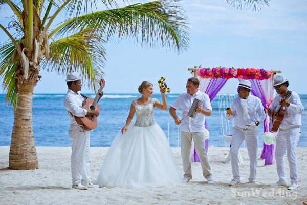 Свадьба на частном пляже Кабеза де Торо