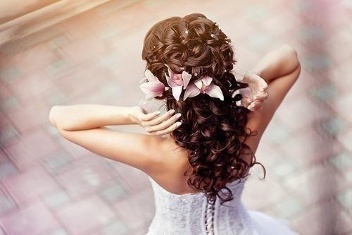Как стать лучшим парикмахером свадебных причесок