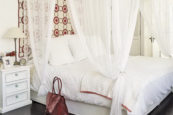 Со вкусом подобранный тюль - залог уюта в спальной комнате
