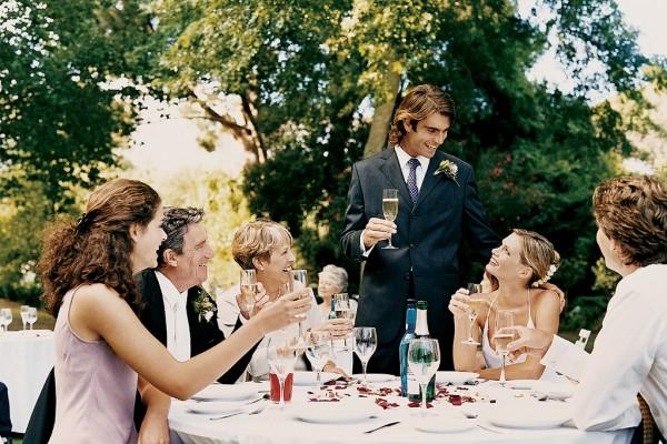 Ответное слово жениха и невесты гостям: особенности составления речи
