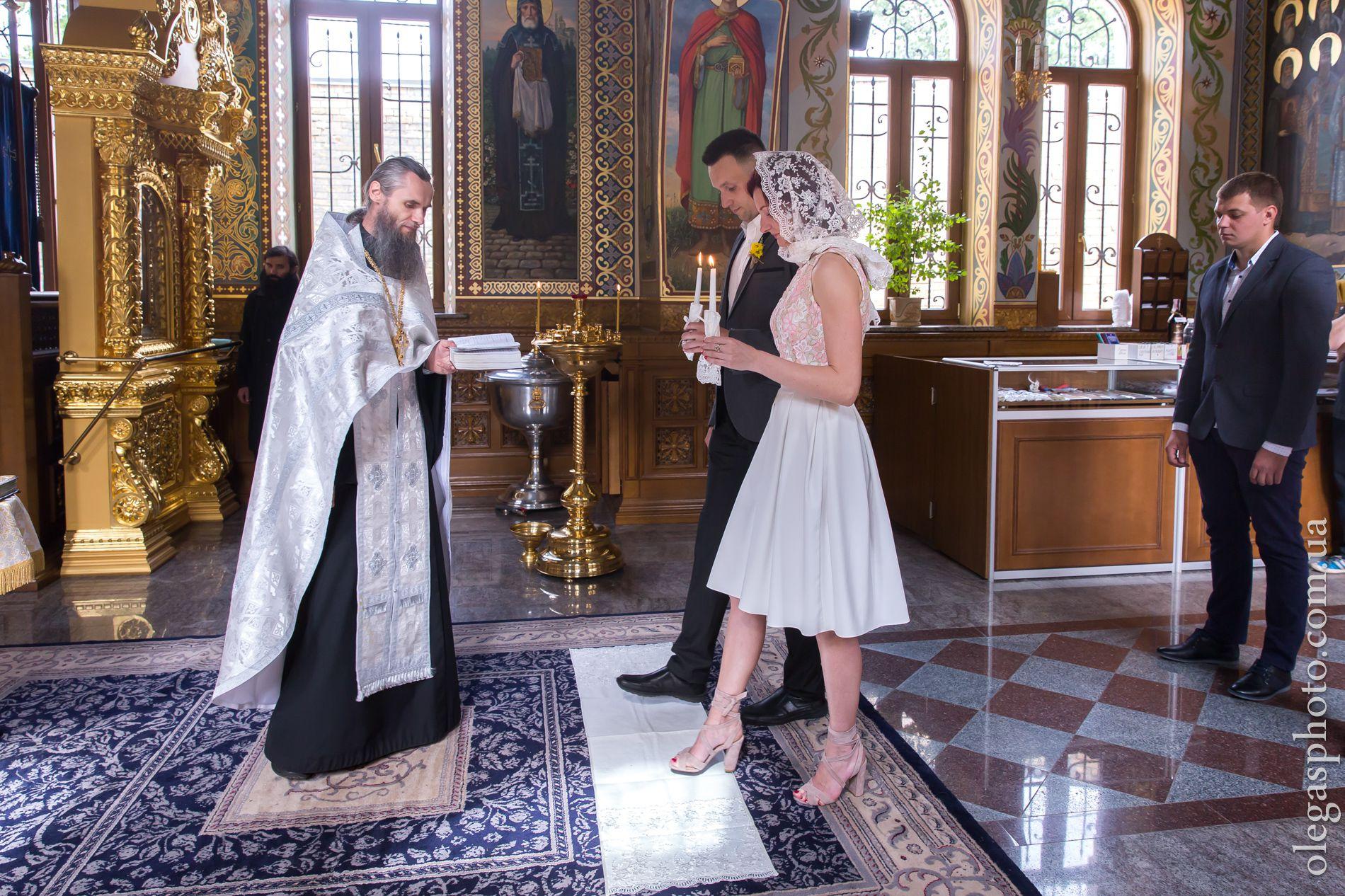 Где заказать фотографа на венчание в Киеве?